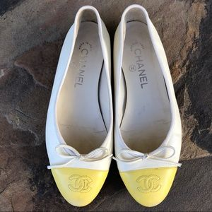 Chanel cap toe ballet flats